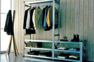 How to choose the right shelving system for your home